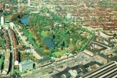 Bahnhofsvorplatz und Zoo
